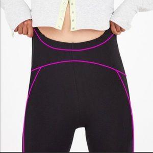 FOR LOVE & LEMONS Mandy Piping Shorts Black Pink